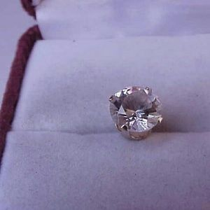 Other - Unisex 14k gold 2.75ct cz single earring stud