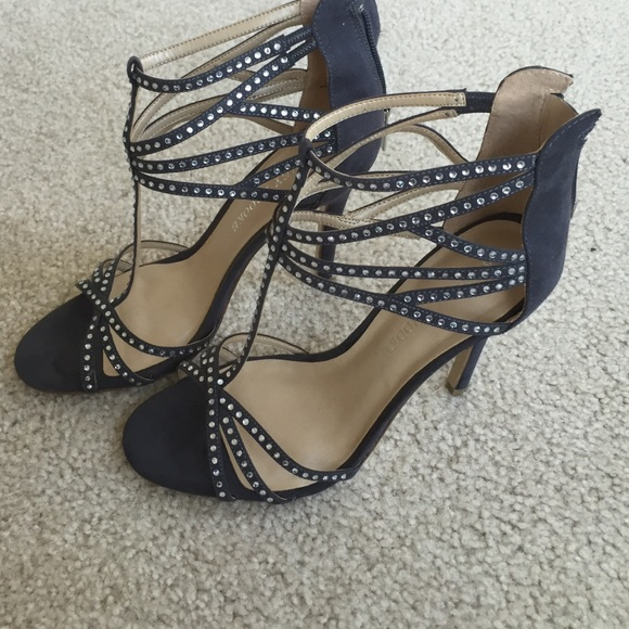7e054318822 Audrey Brooke Gray Silver studded heels shoes 6.5