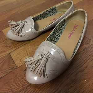 pink & pepper Shoes - Pink & Pepper Patent beige loafers Size 6.5
