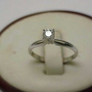 Jewelry - Antique 14k gold  .25ct diamond engagement ring