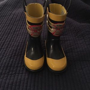 Carter's Other - Boys Firefighter size Toddler 5/6 Rain boots