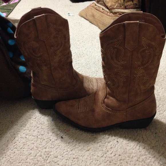 33% off Rue 21 Shoes - I am selling these nice cowgirl boots. from ...