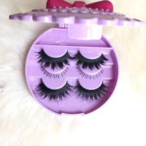 Other - Lavender Lash Case With Eyelashes