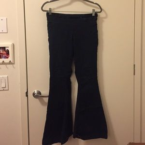 Blank NYC Denim - BLANKNYC blue flare jeans w/ stretchy waistband