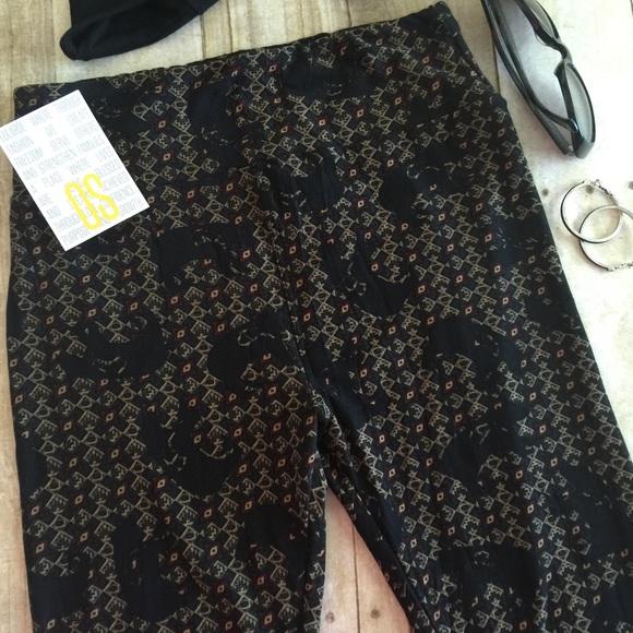 LuLaRoe - ud83cudd95 LulaRoe BEARS AZTEC NAVAJO BLACK OS Leggings from ! shop w/ eileen u2b50ufe0fposh ambassador ...