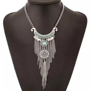 Jewelry - Silver and Turquoise Boho Necklace
