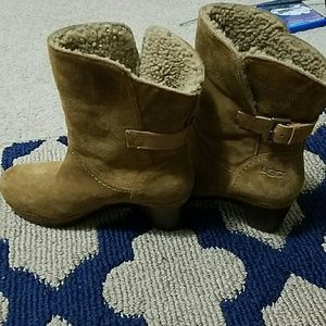 Shoes - Bootie  UGG 100% authentic