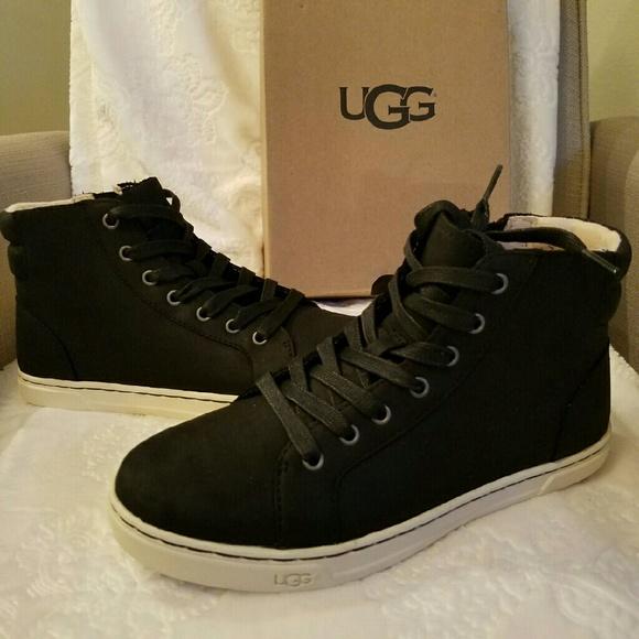 f15eb78a341 UGG Women's Gradie Shoes
