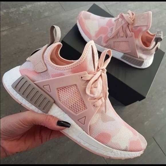aa884a093aa New in box • Adidas NMD XR1 Women Pink Duck Camo