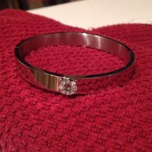 "NEW! STAINLESS STEEL ""O"" SILVER BANGLE BRACELET"