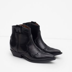 Zara leather ankle cowboy boots size 7.5