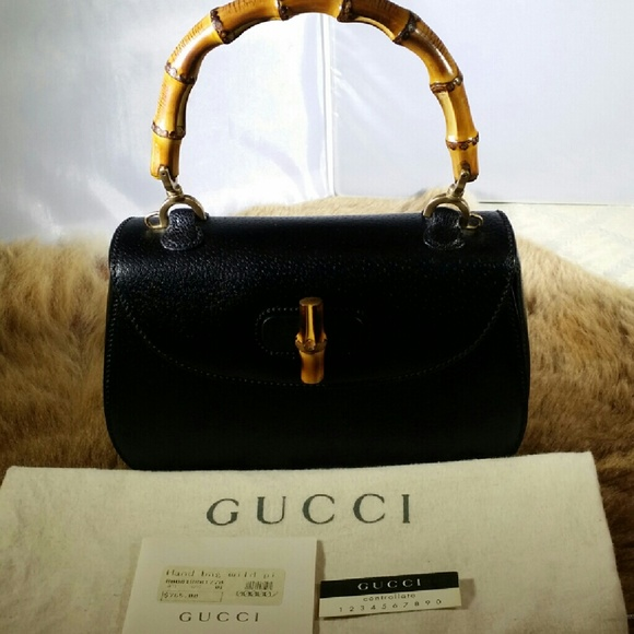 Gucci Handbags - FLASH SALE!!!VINTAGE GUCCI BAMBOO HANDLE 3a4570e681a52
