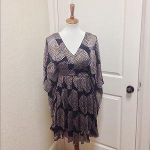Seraphine Tops - Seraphine Luxe silk print tunic size M/L