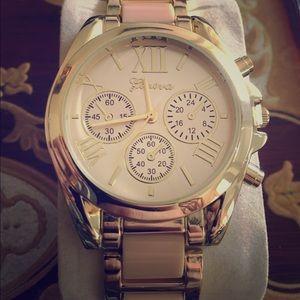 geneva Jewelry - Light pink women's Geneva watch