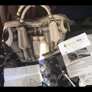 Louis Vuitton Handbags - Burberry ellers