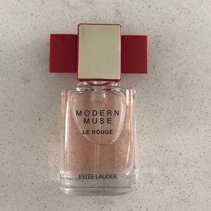Estee Lauder Other - Estée Lauder Modern Muse Le Rouge Perfume