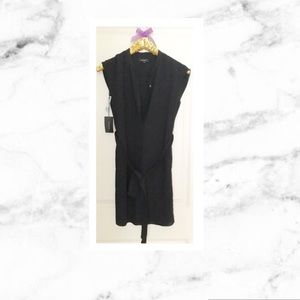 Aritzia Dresses & Skirts - Aritzia Clayton Black Shirt Dress 💗