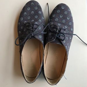Patterned Oxford Flats