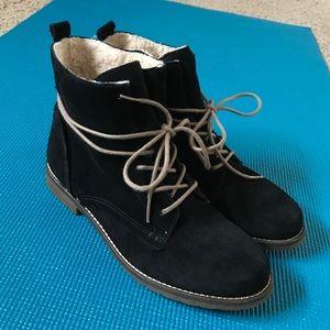 Steve Madden Shoes - NWOT! SO CUTE! 😍 Steve Madden Corrigan Boot