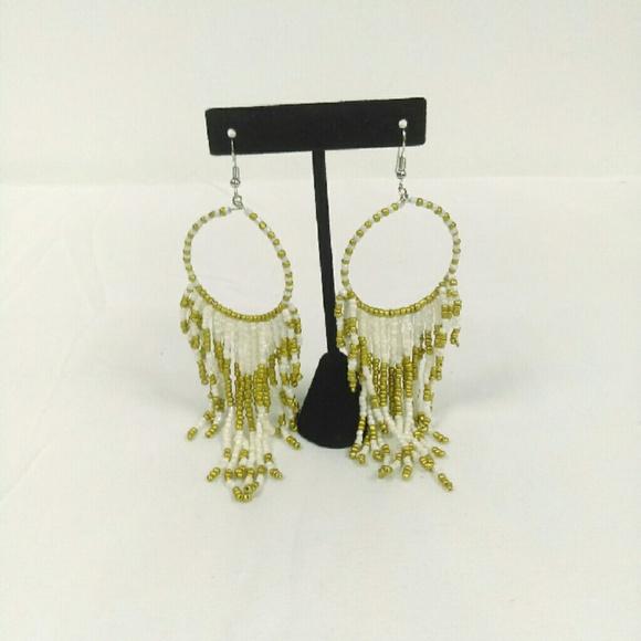 Deja Vous Jewelry - NWT White Gypsy Earrings