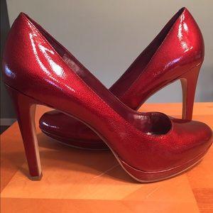  BCBG Generation 'Tina' red heels, size 8.5!