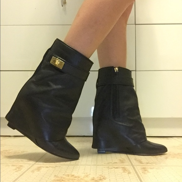 d907f9668a9d Givenchy Shoes - USED Givenchy shark lock boots Sz 5