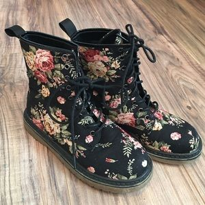 Tilly's Shoes - Floral Lace-up Boots
