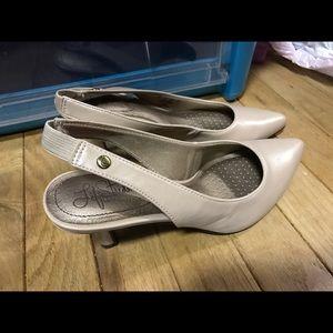 Shoes - Life stride pumps