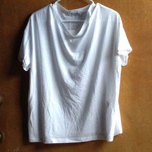 Zara white t shirt NWT (m)