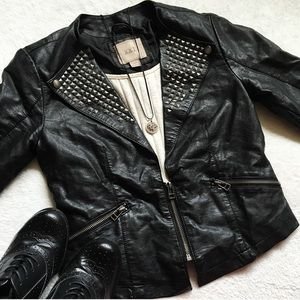 Forever 21 Jackets & Blazers - Studded Small Vegan Faux Leather Cropped Jacket