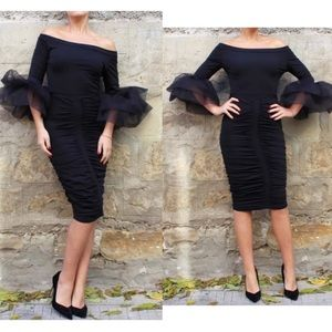 Vera Wang Dresses & Skirts - PREORDER *7-21 DAYS AUDREY CHIFFON SLEEVE DRESS