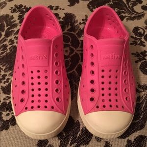 NATIVE YOUTH Other - Native shoes size 9. Very good used condition