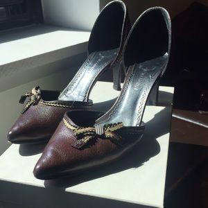 Armani brown leather kitten heel vintage pump shoe