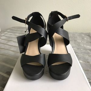 F21 Black Wedges