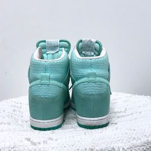 db5d0e840ad2 Nike Shoes - Nike dunk sky high sneaker Sz 8.5 in turquoise