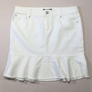 White House Black Market Dresses & Skirts - White House Black Market White Jean Skirt Sz 4