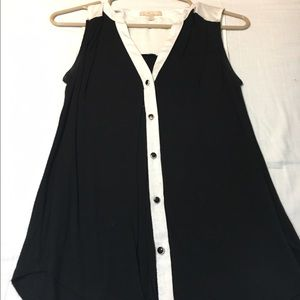Tops - Sleeveless top