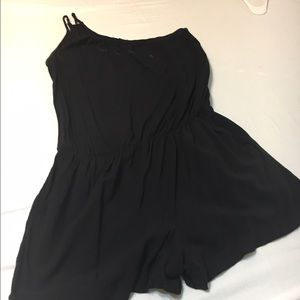 Other - Romper one shoulder with pockets