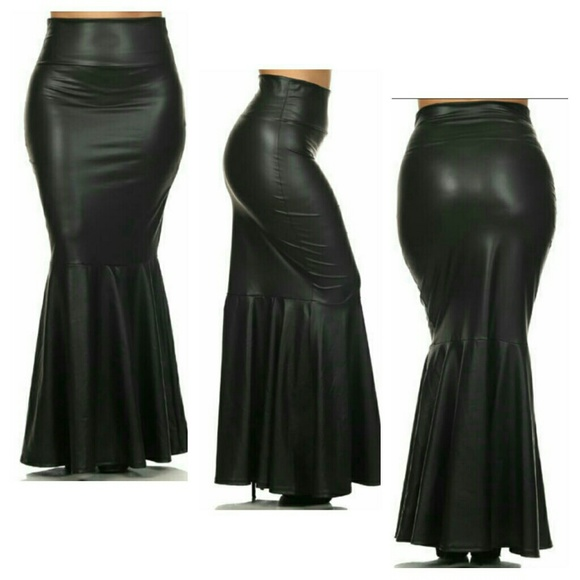 5b518b3141 🎉🎈HP🎉🎈Faux Leather Maxi Skirt (1X