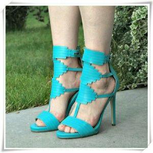 JustFab Shoes - 👠🍀 Vaunna sandals heels in teal.