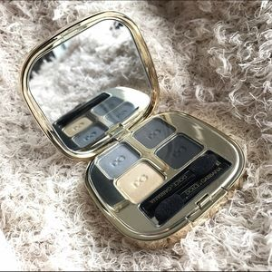 "Dolce & Gabbana Other - Dolce & Gabbana eyeshadow quad in ""smokey eye"""
