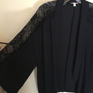 Gianni Bini Tops - Gianni Bini kimono