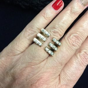 Jewelry - Modern Gold Tone Fashion Ring with Crystals