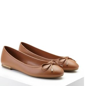 Forever 21 Shoes - 🌸Brown Flats🌸
