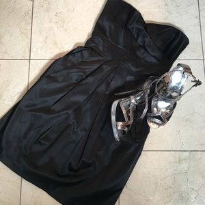 Teeze Me Dresses & Skirts - 💰Black satin strapless mini dress