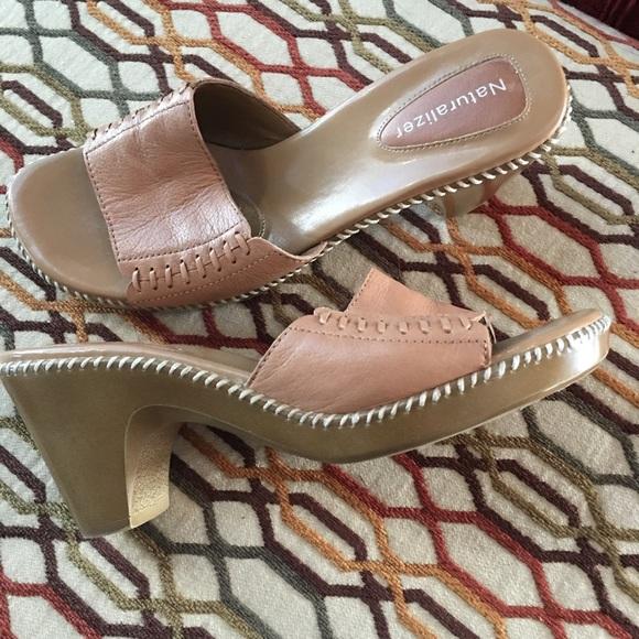 93df7356eff8 Leather Naturalizer Sandals