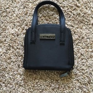 Kenneth Cole Reaction Handbags - NWT Kenneth Cole Reaction Wallet