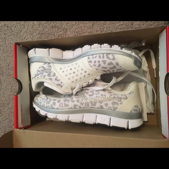 WoHerren Nike free 5.0 V4 size 9.5 NWT