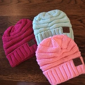 Other - Kids beanies