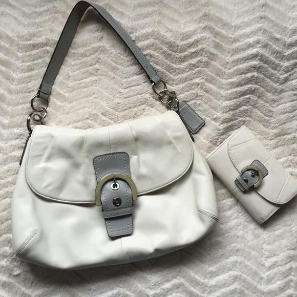ace01022c4 Coach Handbags - Authentic Coach White Leather Purse   Wallet Set